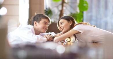 オーラルケア、笑顔と会話を楽しむための必需品。