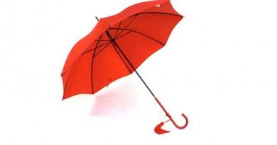 ロンドンにある「ジェームズスミス&サンズ」は傘やステッキのお店です。レディーにふさわしい傘を手に入れましょう。